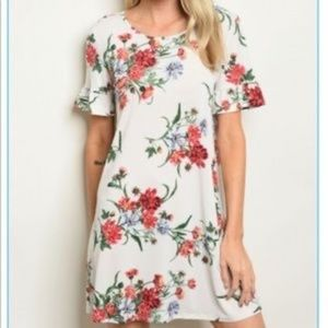 Boutique Ruffle Sleeve T-Shirt Dress White Floral